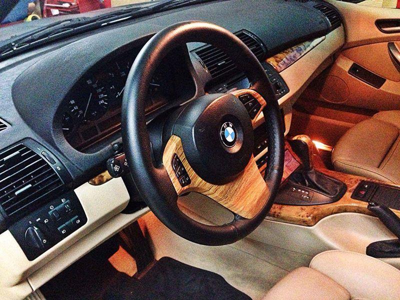Interior en vinilo madera para el BMW X5