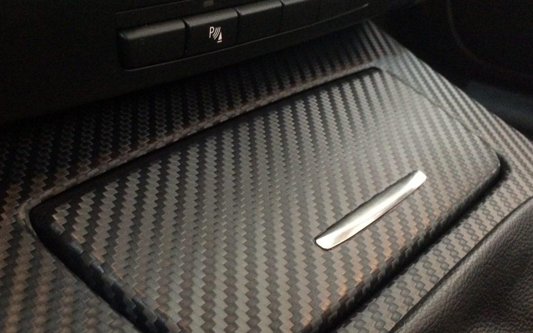 BMW Serie 3 en carbono, renovando el interior del E92.