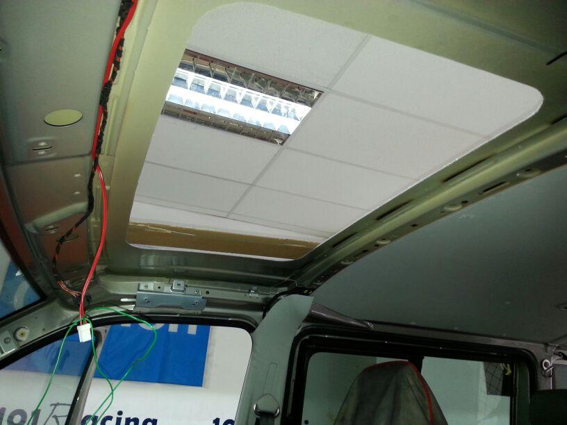 Corte perfecto para el anclaje del techo y preparación del sistema eléctrico.
