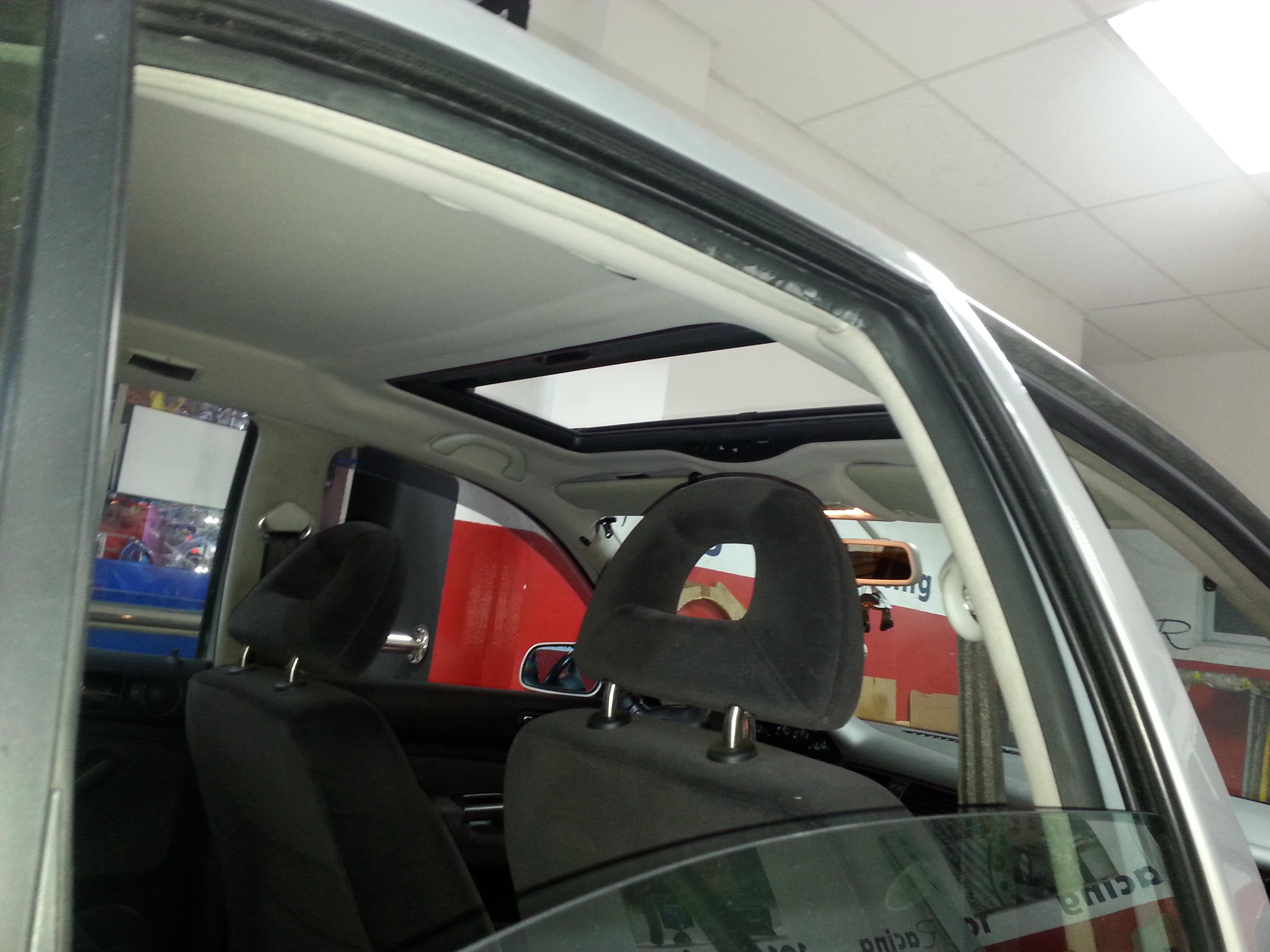 Techo solar Webasto y tapizado de tela interior para el Volkswagen Bora