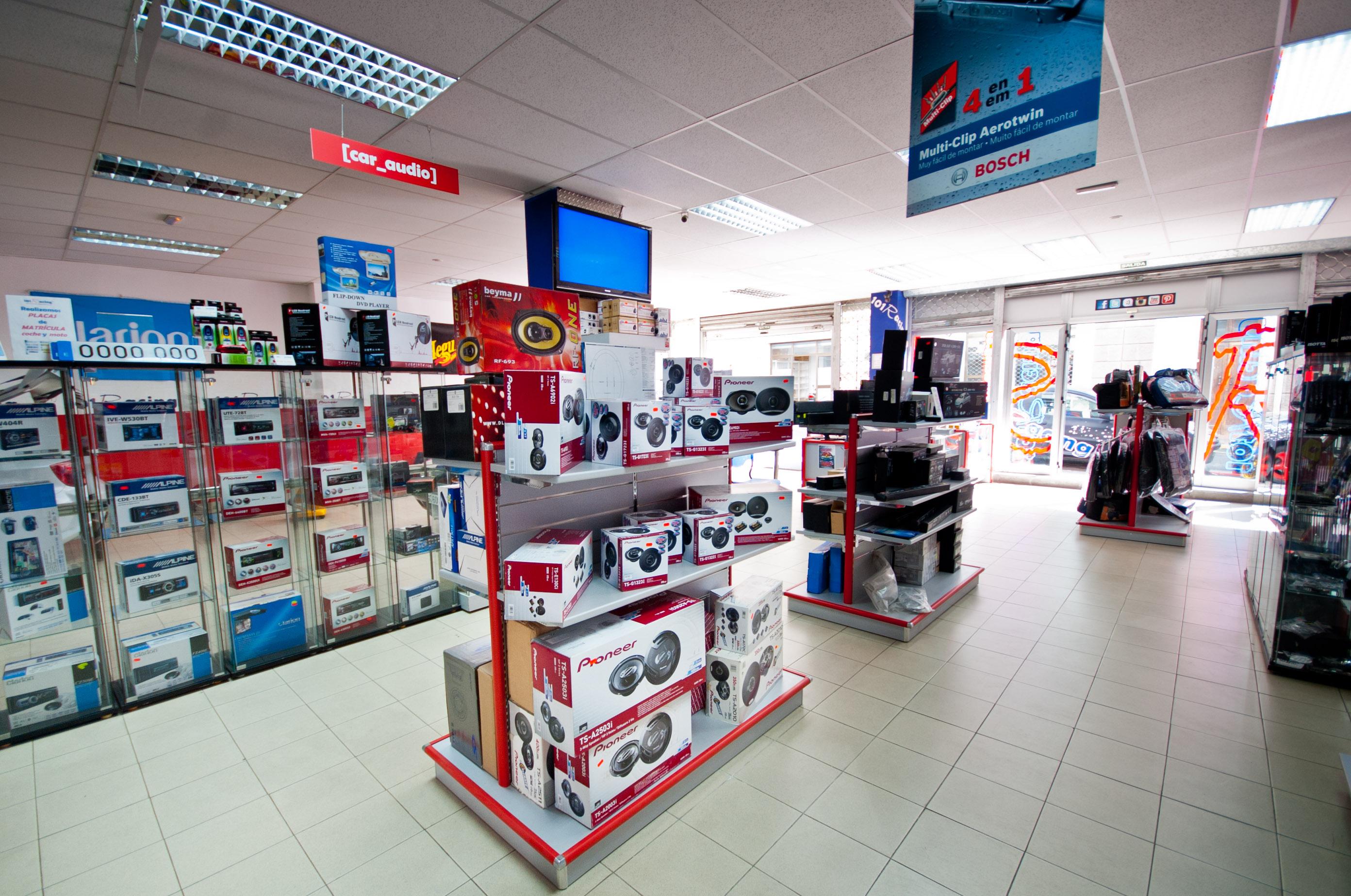 Zona tienda 101Racing todo el tuning de Canarias